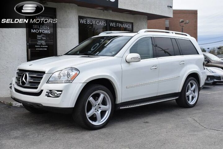 2008_Mercedes-Benz_GL550_4Matic_ Conshohocken PA