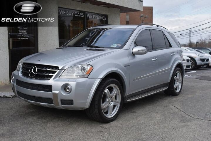 2008_Mercedes-Benz_ML63_AMG 4Matic_ Conshohocken PA
