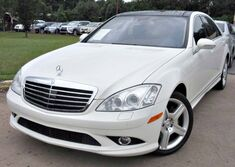 Mercedes-Benz S550 ** 4 MATIC ** - w/ NAVIGATION & LEATHER SEATS 2008