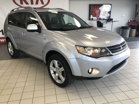 2008_Mitsubishi_Outlander_gt AWD V6 7 SEATER *CRUISE CONTROL/CAR PROOF CLEAN/AIR CONDITIONING/LEATHER/SUNROOF*_ Edmonton AB