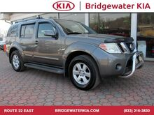 2008_Nissan_Pathfinder_SE 4WD, Remote Keyless Entry, Audio Color Display, In-Dash CD-Changer, Front Bucket Seats, Fold-Flat 3RD Row Seats, 17-Inch Alloy Wheels,_ Bridgewater NJ