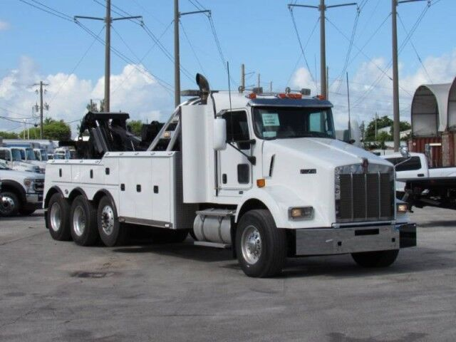 2008 No Make T800 Tri Axle Miller Century 9055 50 Ton Integrated Wrecker Miami FL