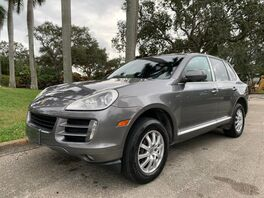 2008_Porsche_Cayenne_Base_ Hollywood FL