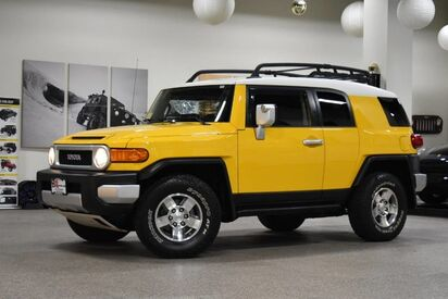 2008_Toyota_FJ Cruiser__ Boston MA
