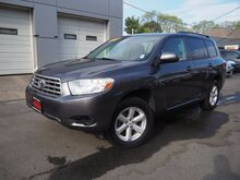 2008_Toyota_Highlander_Base_ Lexington MA