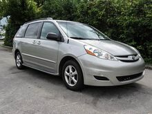 2008_Toyota_Sienna__ Lexington KY