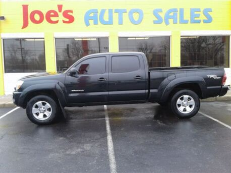 2008_Toyota_Tacoma_PreRunner Double Cab Long Bed V6 2WD_ Indianapolis IN