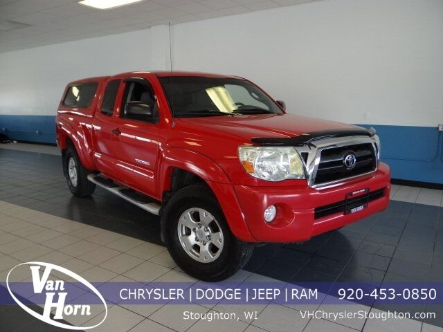 2008 Toyota Tacoma PreRunner Plymouth WI