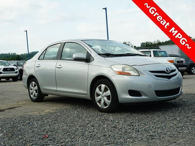 2008 Toyota Yaris 4dr Sdn Auto Cranberry Twp PA