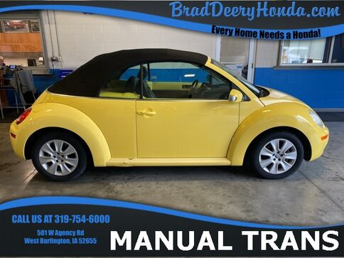 2008_Volkswagen_Beetle_S_ West Burlington IA