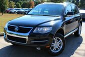 2008 Volkswagen Touareg 2 w/ LEATHER SEATS & SUNROOF