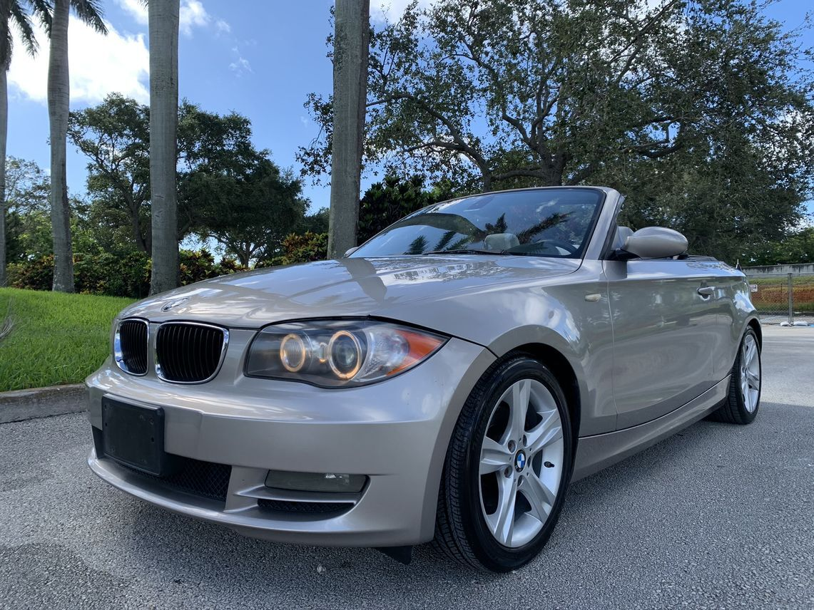 2009 BMW 1 Series 128i Convertible 2D Hollywood FL