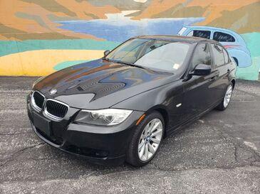 2009_BMW_3-Series_328i_ Saint Joseph MO