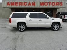 2009_Cadillac_Escalade ESV_Base_ Brownsville TN