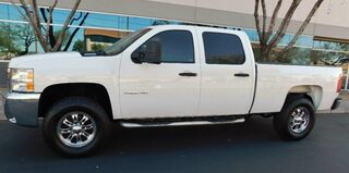 Chevrolet 2500HD SILVERADO LT 4x4 CREW SB DURAMAX DIESEL 6spd ALLISON CUSTOM WHEELS 2009