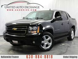 2009_Chevrolet_Avalanche_1LT w/ Sunroof, Rear Parking Aid, Bluetooth & Onboard Hands-Free_ Addison IL