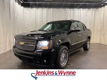 2009_Chevrolet_Avalanche_4WD Crew Cab 130