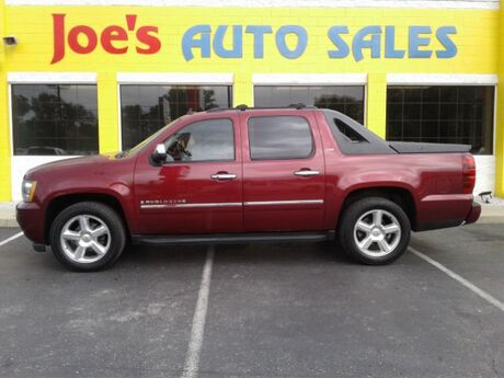 2009 Chevrolet Avalanche LTZ 4WD Indianapolis IN