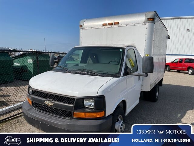 2009 Chevrolet Express 3500 Work Van Cutaway Holland MI