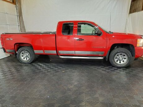 2009 Chevrolet Silverado 1500 Work Truck Ext. Cab Long Box 4WD Middletown OH