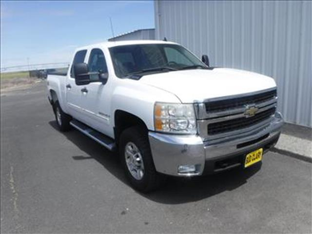 2009 Chevrolet Silverado 2500HD LT 4x4 Crew Cab 6.6 ft. box 153 in. WB