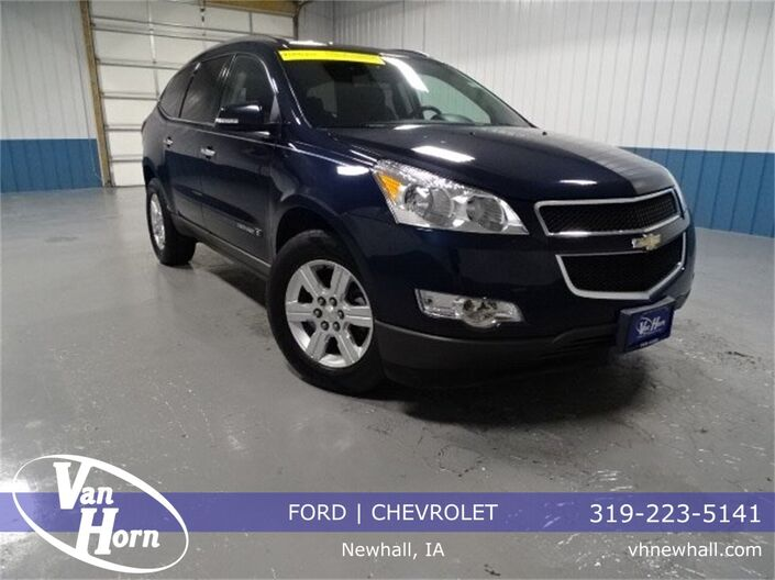 2009 Chevrolet Traverse 2LT Plymouth WI