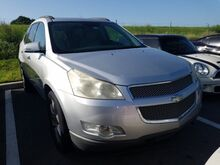 2009_Chevrolet_Traverse_LTZ_  FL