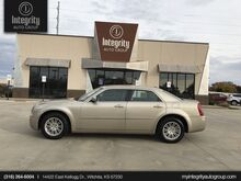2009_Chrysler_300_Touring_ Wichita KS