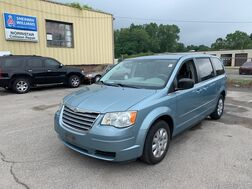 2009_Chrysler_Town & Country_LX_ Cleveland OH