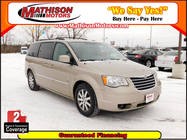 2009 Chrysler Town & Country Touring Clearwater MN