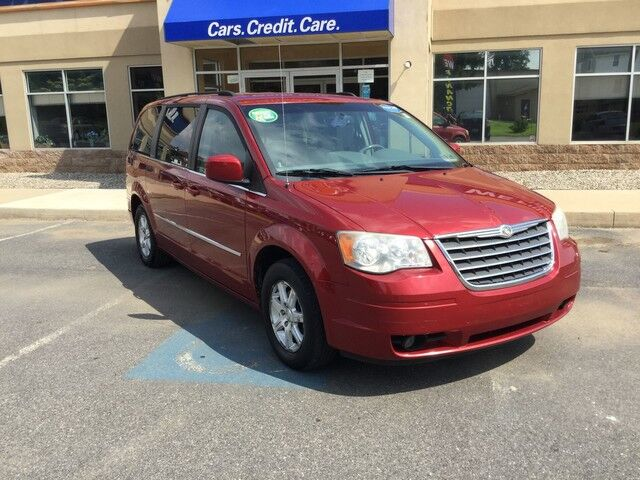 2009 Chrysler Town & Country Touring Easton PA
