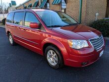 2009_Chrysler_Town & Country_Touring_ Knoxville TN