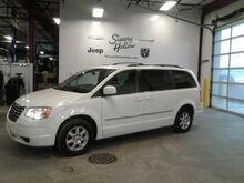 2009_Chrysler_Town & Country_Touring_ Viroqua WI