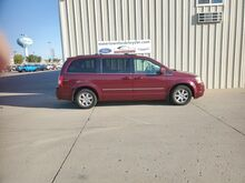 2009_Chrysler_Town & Country_Touring_ Watertown SD