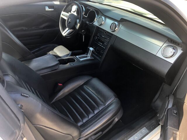 2009 FORD MUSTANG  Houston TX