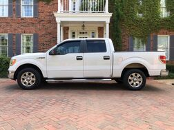 2009_Ford_F-150_XLT crew cab 1-OWNER AMAZING CONDITION MUST SEE 2 BELIEVE. DON'T MISS IT_ Arlington TX