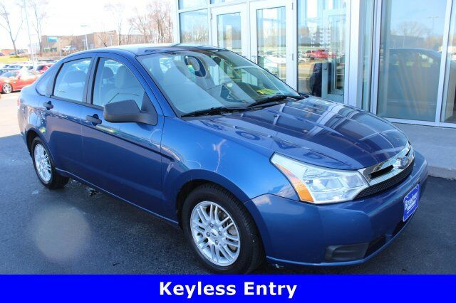2009 Ford Focus SE Green Bay WI