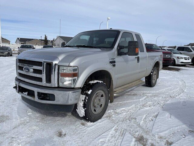 2009 Ford Super Duty F-250 SRW XLT SUPERCAB - GAS 4X4 Calgary AB