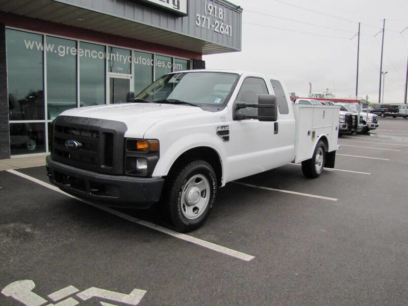 2009 Ford Super Duty F-350 SRW Utility