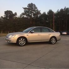 2009_Ford_Taurus_Limited FWD_ Hattiesburg MS