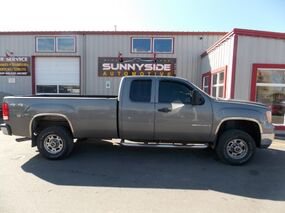 GMC Sierra 2500HD Work Truck Ext. Cab Long Box 4WD 2009