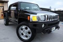 2009_HUMMER_H3_H3T 2 OWNERS CUSTOM WHEELS_ Houston TX