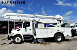 2009_Hino_338_Altec Bucket_ Homestead FL