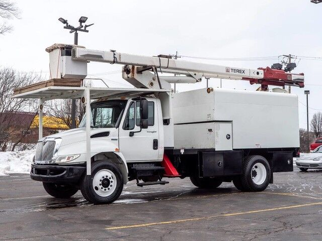 2009_International_4300_60 HI RANGER Bucket Truck_ Chicago IL