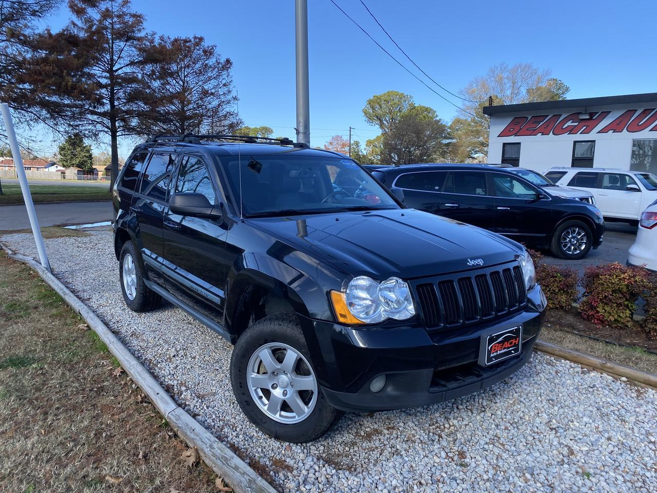 2009 JEEP` GRAND CHEROKEE LAREDO, WHOLESALE TO THE PUBLIC, LEATHER, BLUETOOTH, HEATED SEATS, SUNROOF!