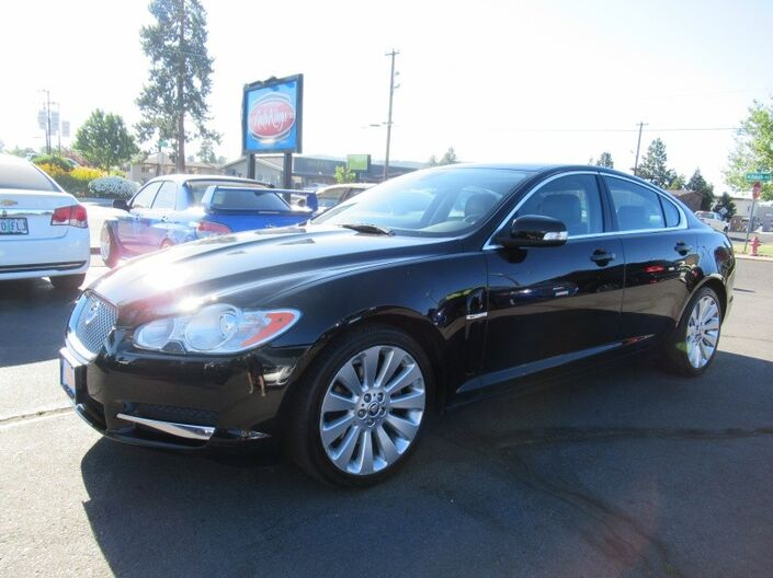2009 Jaguar XF 4dr Sdn Luxury Bend OR