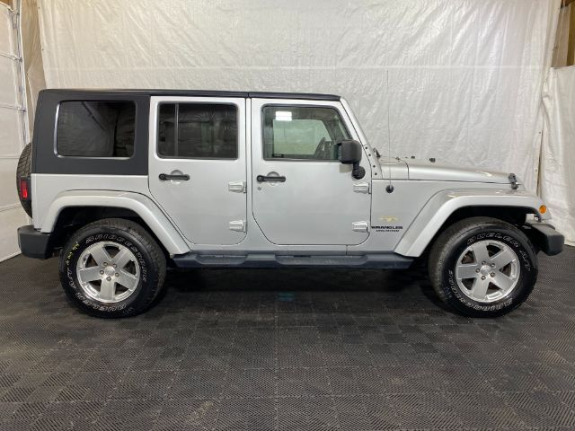 2009 Jeep Wrangler Unlimited Sahara 4WD Middletown OH