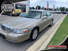 2009_Lincoln_Town Car_Signature Limited_ Decatur AL