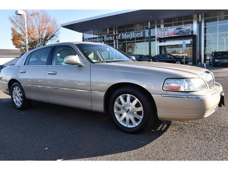 2009_Lincoln_Town Car_Signature Limited_ Medford OR
