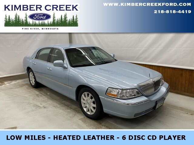 2009 Lincoln Town Car Signature Pine River MN